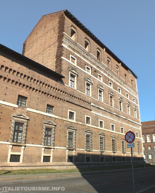 Palais Farnese Plaisance, Palazzo Farnese Piacenza Italie, Plaisance tourisme