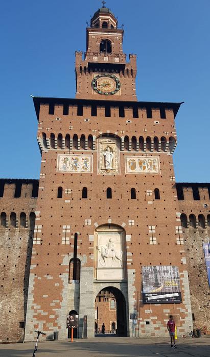 chateau Sforza Milan Italie tour du Filarete