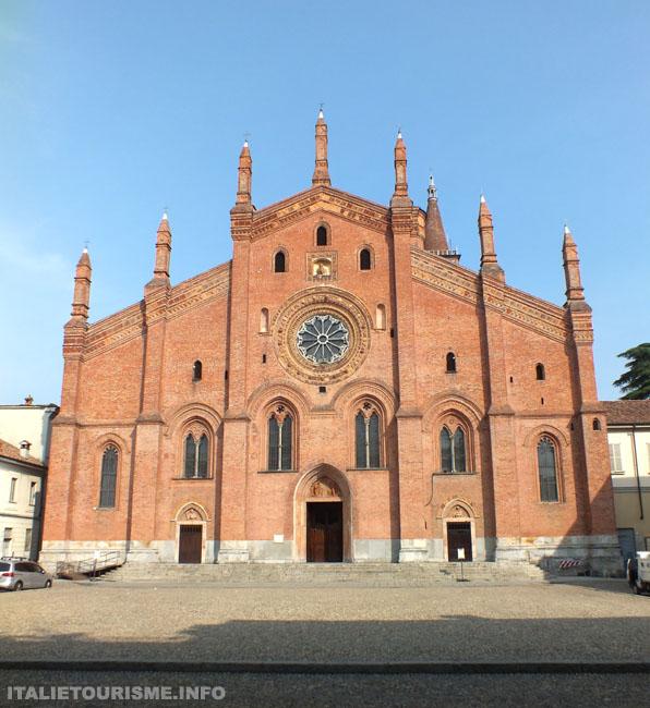 Photo de l'Eglise del Carmine a Pavie Italie