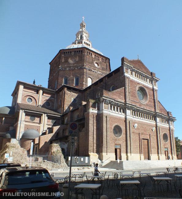 duomo pavia Chiesa rinascimentale italia, Cathédrale de Pavie Italie