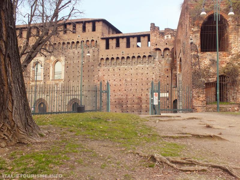 Chateau des Sforza Milan photo, Castello sforzesco di Milano foto