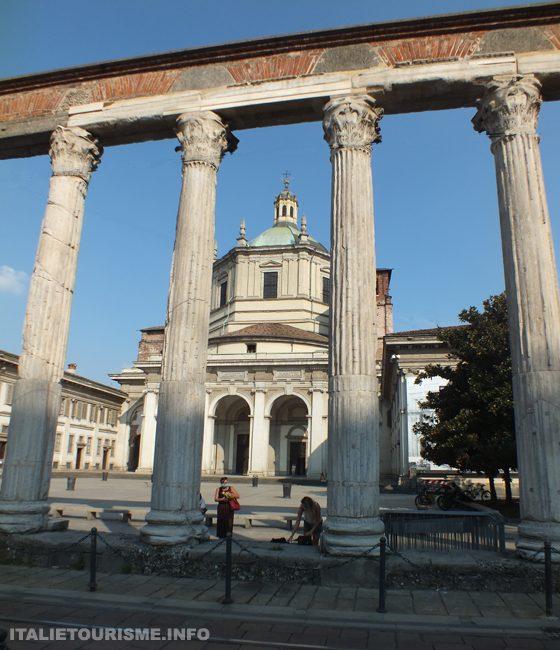 photos Milan basilique de Saint Laurent et colonnes romaines
