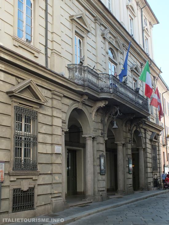 Visiter Pavie: Teatro Fraschini Opéra à Pavie Italie