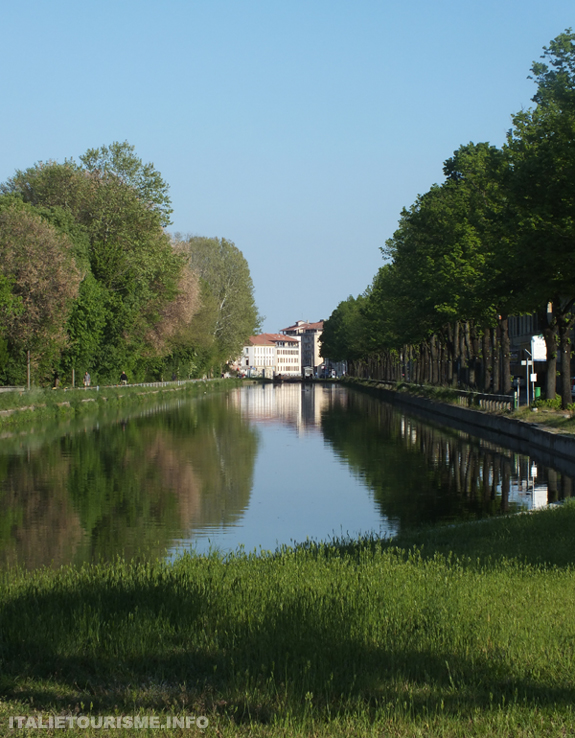 Visiter Pavie Italie en 1 jour. Le Naviglio Pavese
