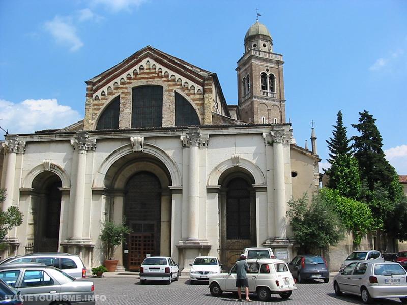 Visiter Verone: église Santa Maria in Organo. Vérone Italie tourisme