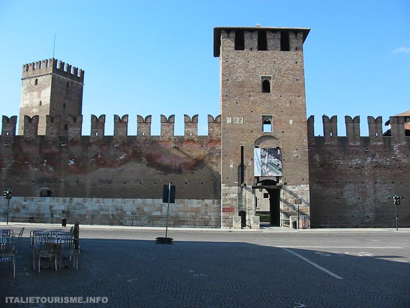 Visiter Vérone en 2 jours: Castelvecchio. Vérone tourisme