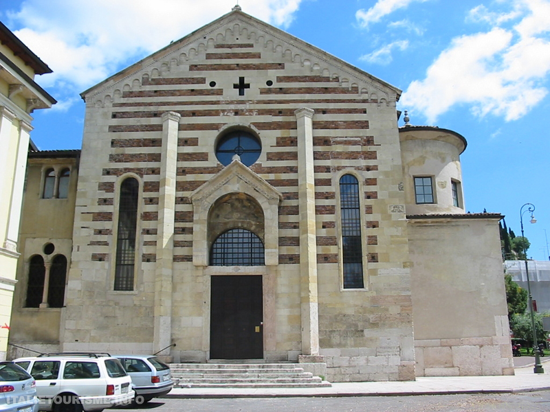 Visiter Verone: église Santo Stefano. Verone Italie tourisme