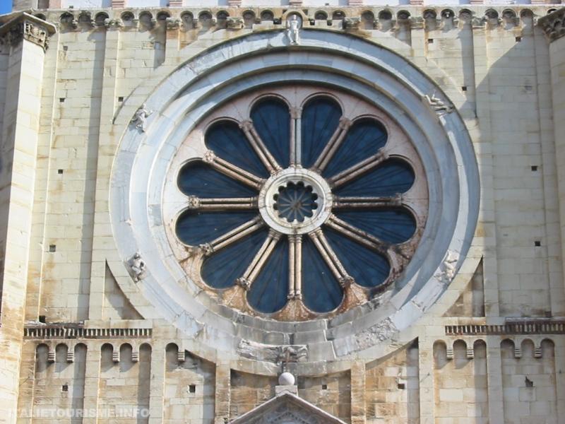 Basilique San Zeno de Vérone Italie. Visiter Vérone. Vérone tourisme