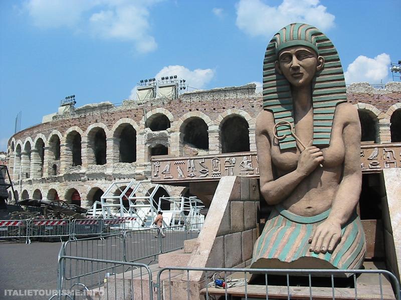 Aida à Vérone. Visiter Vérone. Italie tourisme