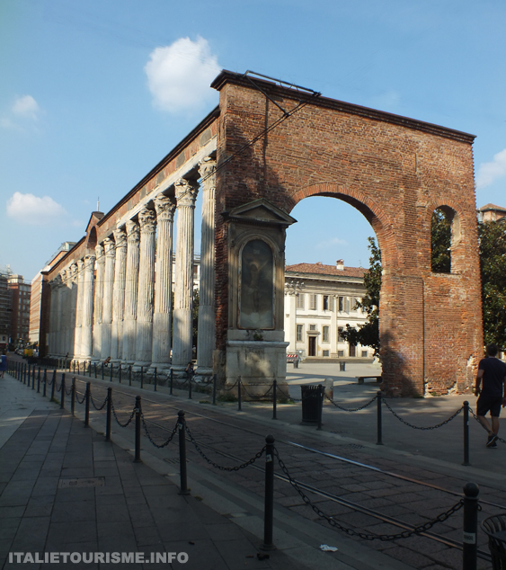 Colonnes de Saint-Laurent Milan Italie tourisme