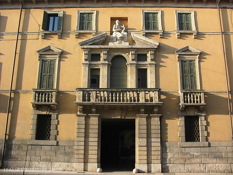 Stradone San Fermo Vérone Italie tourisme