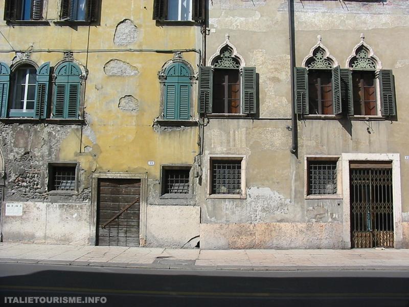 Vieilles maisons dans le quartier de Veronetta